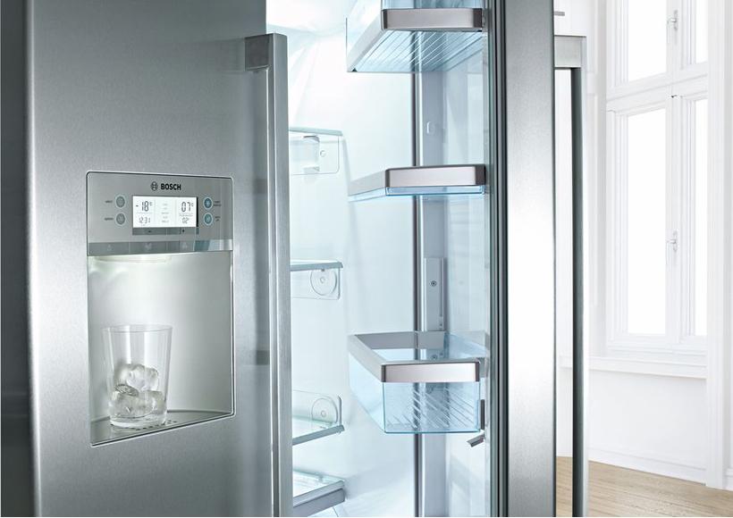 Bosch Kühlschrank Biofresh : Bosch kühl gefrierkombination side by side kad ai möbel